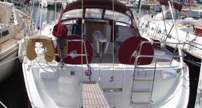 SANTORINI RENT A SAILBOAT Beneteau Oceanis 473.3 Hippie Fleet