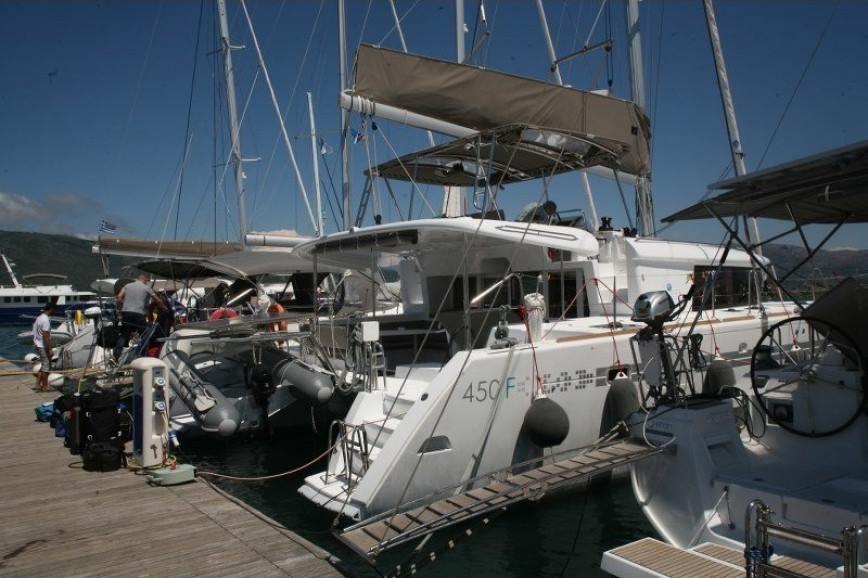 LEFKADA RENT A CATAMARAN Lagoon 450 Flybridge Hippie Fleet